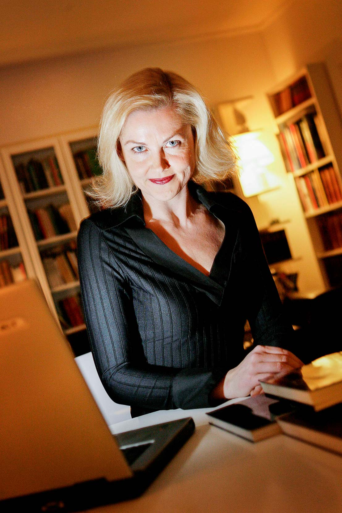 Anne-Marie Vedsø Olesen, forfatter.