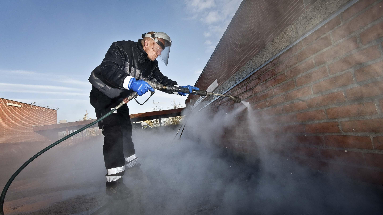 René Eggertsen grafittifjerner.
